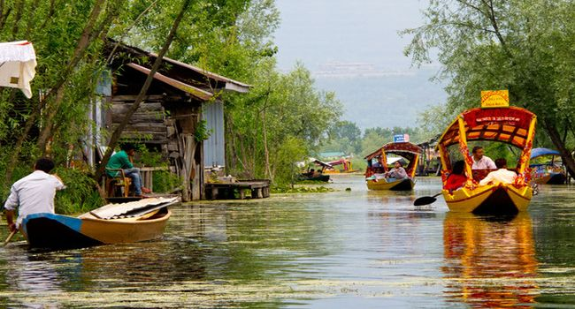 Kashmir Dal Lake or Nagin Lake