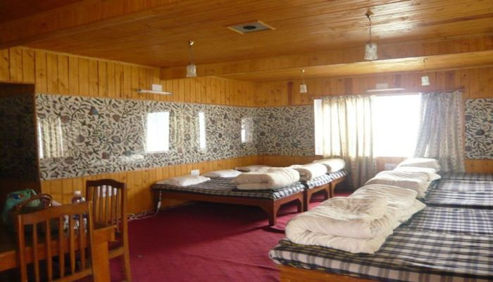 lounge resort kashmir