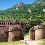 Haunted Bhangarh Fort in Rajasthan