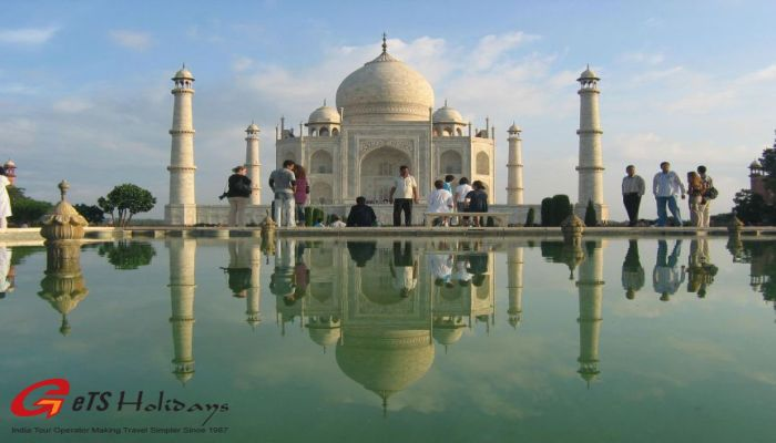 Heritage Tour of Taj Mahal
