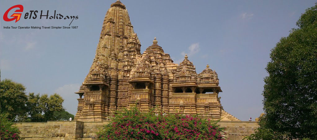 Khajuraho-Temple-tour