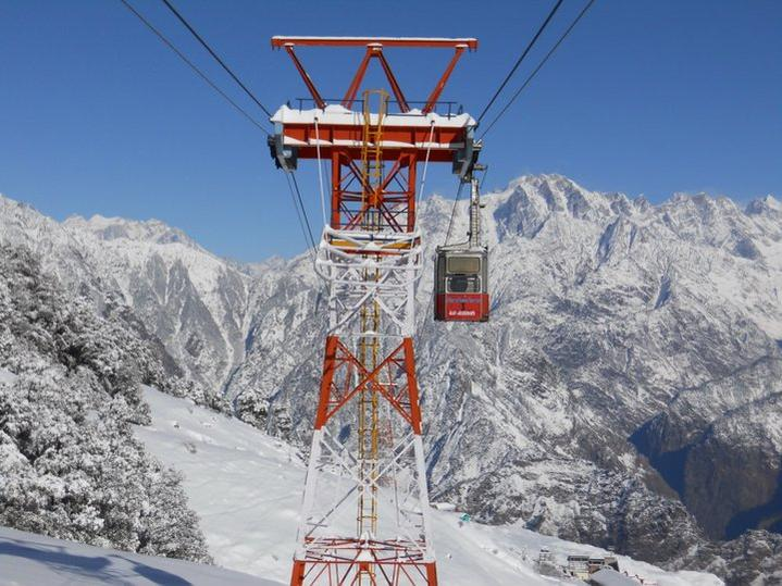 Chakrata and auli two picturesque offbeat winter for Best vacation deals in december