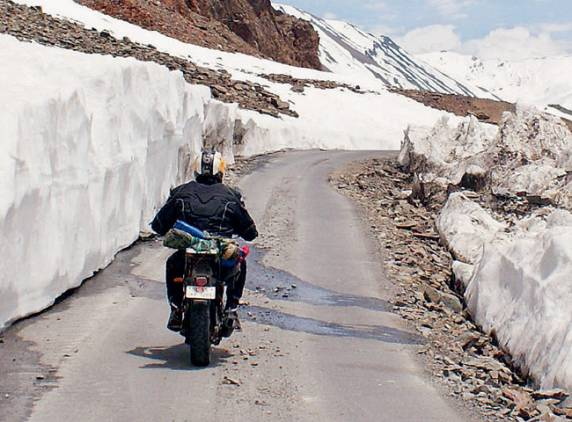 manali-leh bike ride