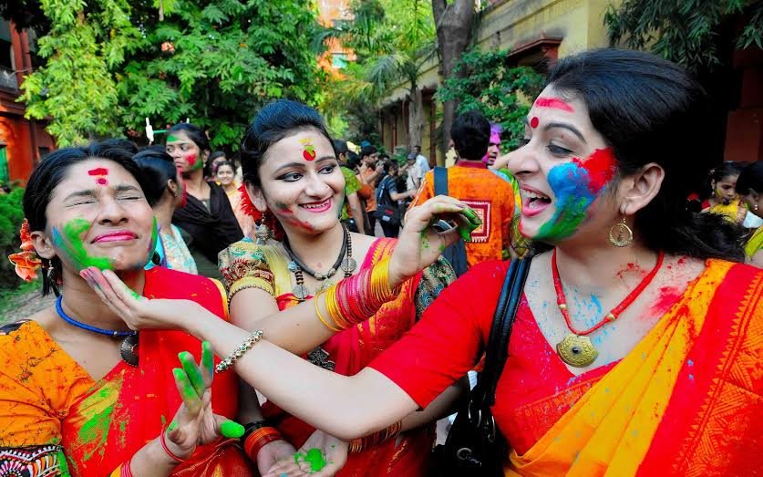 holi, tour package to kolkata