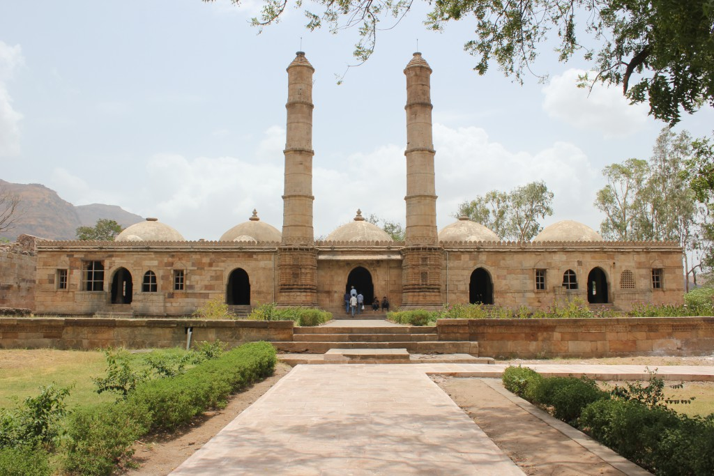 Ancient Monuments of India 5