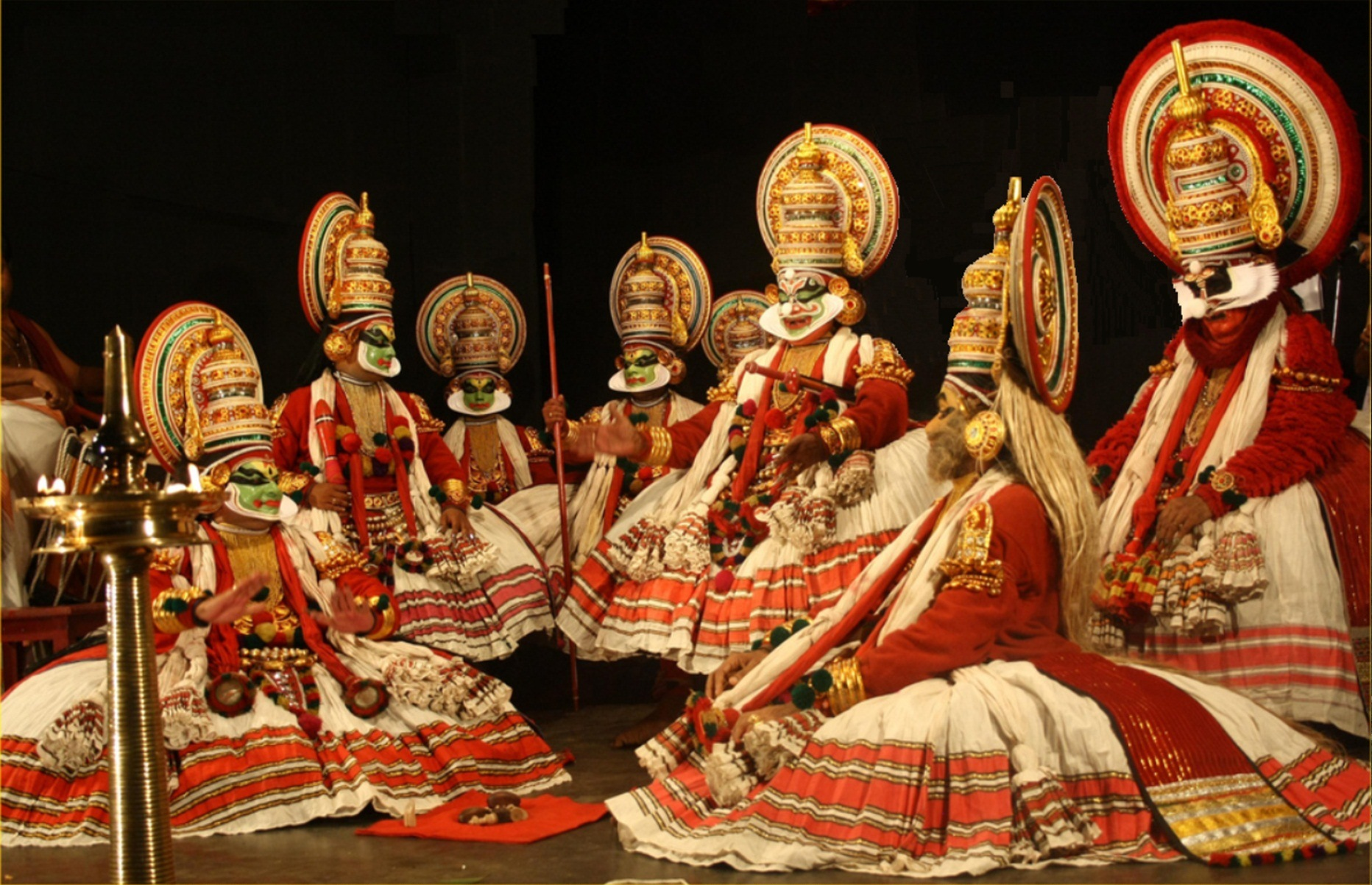 Kathakali_-Play_with_Kaurava